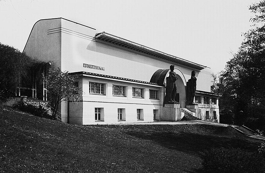 Mathildenhöhe Darmstadt 2 | 100 x 130cm | Deutschland 2011