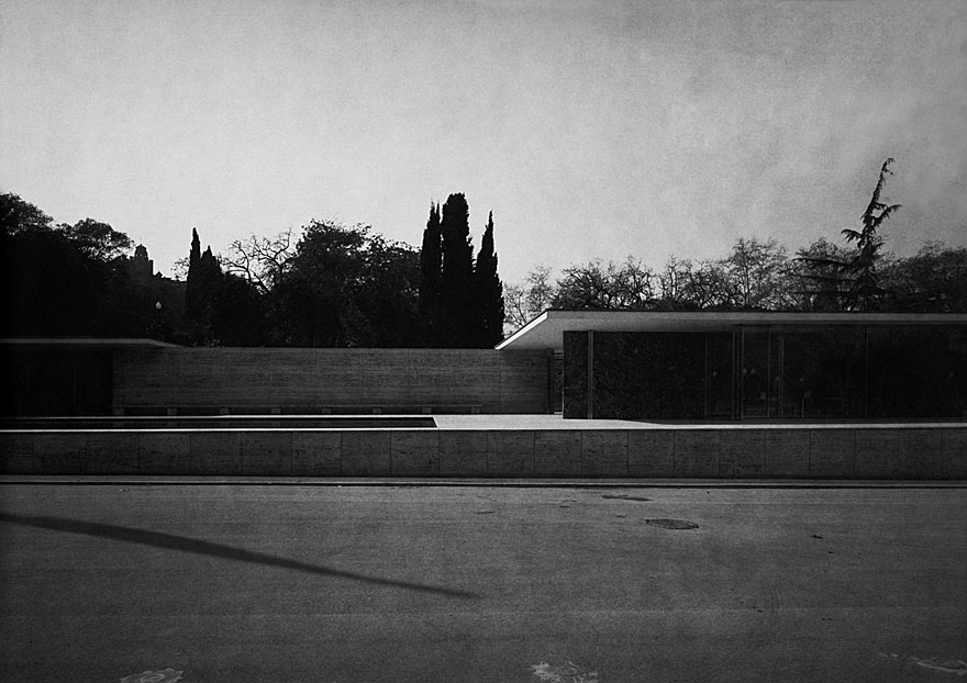 Mies van der Rohe Barcelona 1 | 100 x 130cm | Spanien 2008